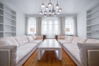 снять 2-комнатную квартиру в историческом здании в центре С-Петербург