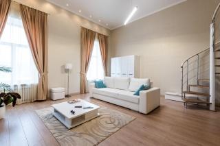 аренда элитной двухуровневой квартиры в центре С-Петербург