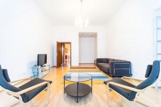 аренда светлой просторной 2-комнатной квартиры в центре Санкт-Петербург