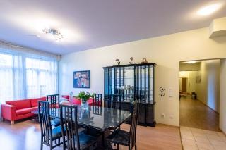 аренда просторной 4-комнатной квартиры в самом центре Санкт-Петербург