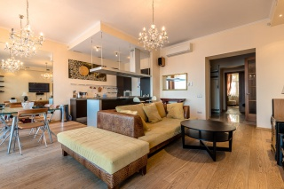 стильная 3-комнатная квартира с авторским дизайном в аренду в центре С-Петербург