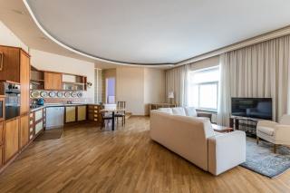 аренда видовой 3-комнатной квартиры в современном стиле в центре С-Петербург