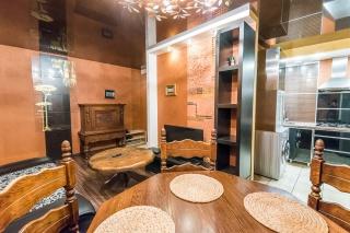 видовая стильная 3-комнатная квартира в аренду в историческом центре С-Петербург