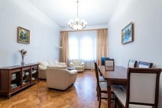 просторная 4-комнатная квартира в аренду в самом центре С-Петербург