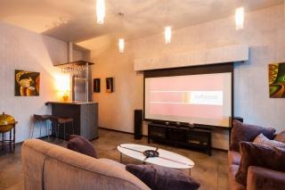аренда дизайнерской 3-комнатной квартиры в элитном ЖК С-Петербург