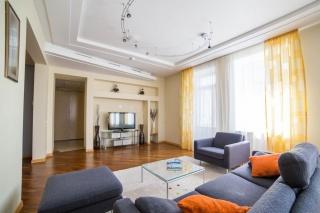 арендовать элитное жилье центр С-Петербурга