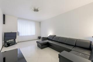 арендовать просторную квартиру с балконом в новом ЖК СПБ