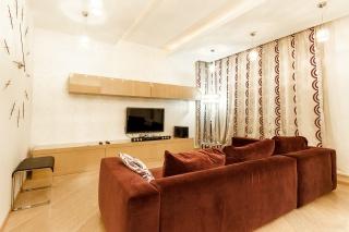 арендовать квартиру с балконом в новом ЖК Санкт-Петербург