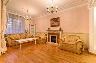 аренда дизайнерской квартиры в элитном ЖК С-Петербург