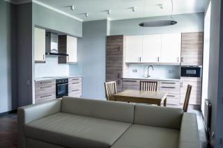 аренда 2-комнатной квартиры с паркингом в элитном доме С-Петербург