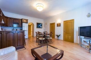 элитная 3-комнатная квартира в аренду в центре С-Петербург