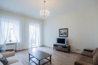 арендовать квартиру в элитном доме с паркингом С-Петербург