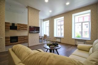 сниму элитную 3-комнатную квартиру в самом центре С-Петербурга