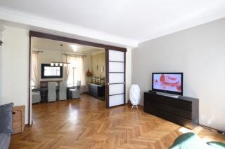 сниму 3-комнатную квартиру на Почтамтской ул. С-Петербург