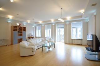 квартира в аренду на Тверской улице С-Петербург