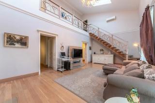 сниму стильную 4-комнатную квартиру в элитном доме Санкт-Петербург