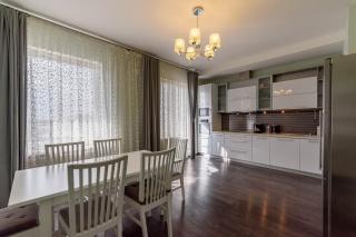 сниму новую 4-комнатную квартиру в элитном ЖК Санкт-Петербург