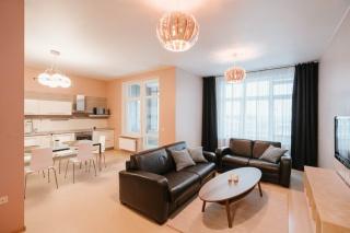 арендовать недвижимость с двумя террасами на ул. Кирочной Санкт-Петербург
