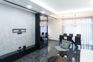 сниму 3-комнатную квартиру с балконом в элитном ЖК Санкт-Петербург