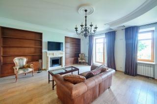 снять 4-комнатную квартиру на Каменном острове Санкт-Петербург