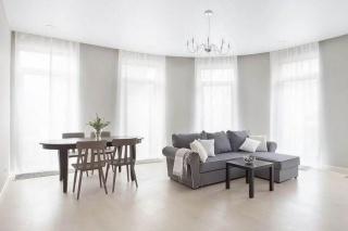 снять стильную 3-комнатную квартиру в элитном жилом комплексе Монополист Санкт-Петербург